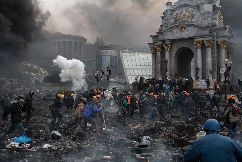 Frontline Club awards example is 2014 award to Eric Bouvet for coverage of Ukraine and 20 Feb 2014 when more than 70 people were killed in Kiev HeroesFromMaidan2.jpg.pagespeed.ic.7x4w3jn6RM