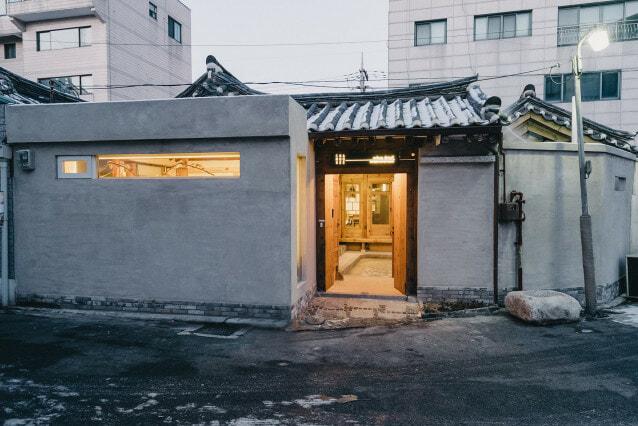 1 entrance