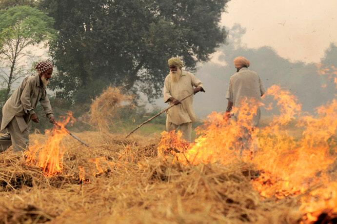 NP_India_burning_48_(6315309342)