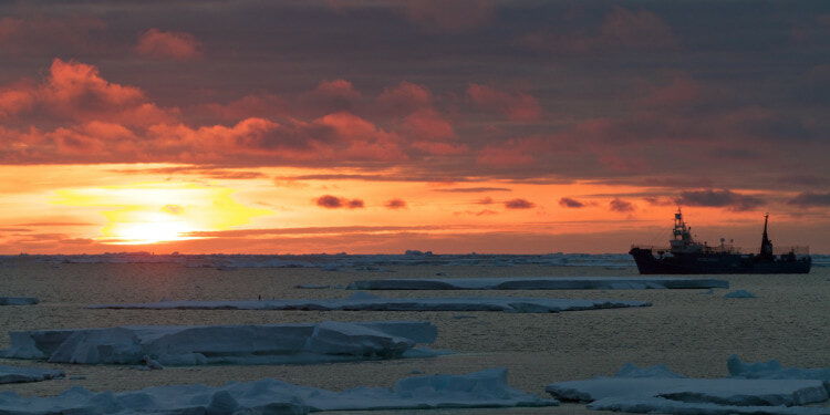 Sunset as the Yushin Maru #3  follows the Bob Barker