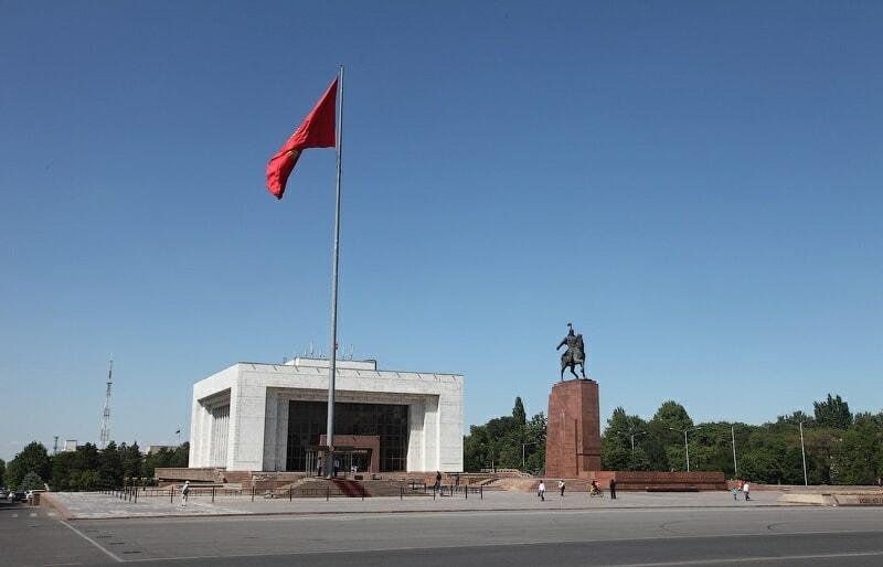 Erkindik Statue (Bishkek, Kyrgyzstan) IMPAKTER