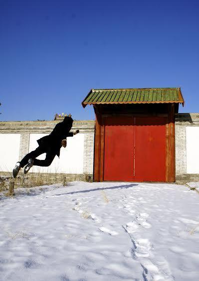 levitation-photography-UNANTO HERDIAWAN