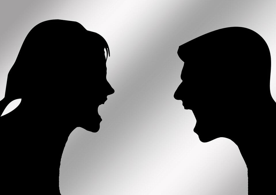 https-::pixabay.com:en:pair-man-woman-discussion-707505: