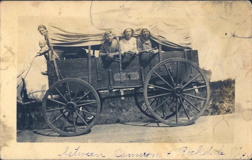 vintage photo,immigrants, Impakter