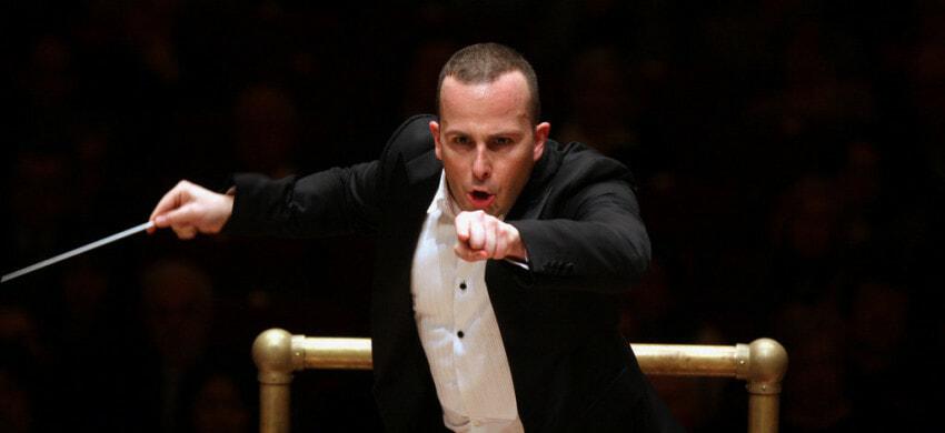 Yannick Nézet-Séguin conducting the Philadelphia Orchestra at Carnegie Hall - Impakter