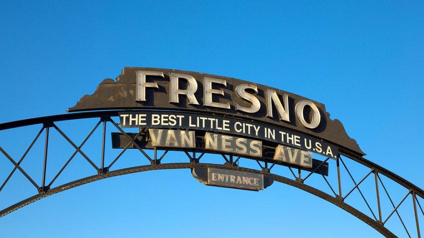 Fresno-california-sign-van-ness-avenue