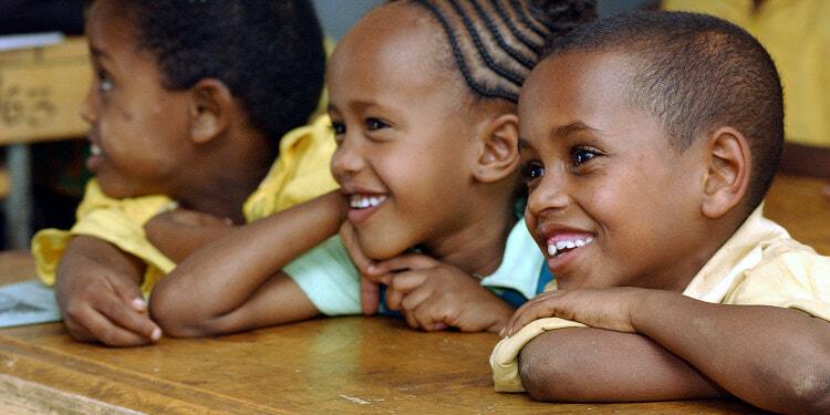 MALAWAI-SCHOOL-CHILDREN