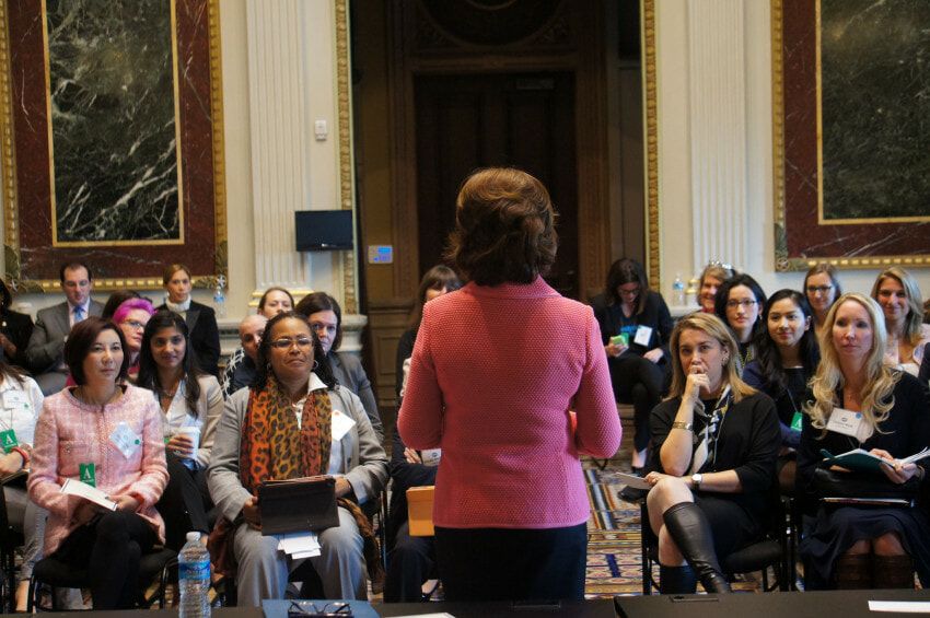 women-business-white-house-boards