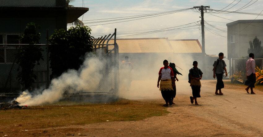 Burning plastic - Tonga