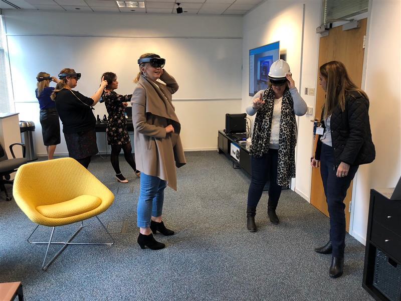 Women@Microsoft HoloLens Demonstration