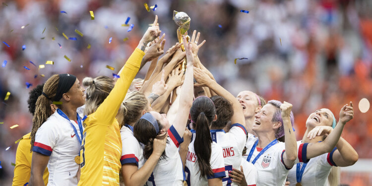 USNWT players celebrate with the FIFA 2019 Women's World Cup