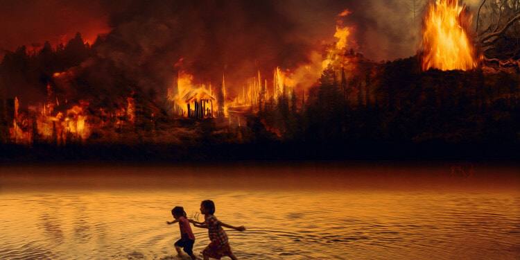 In the Photo: Fire near a forest Lake. Photo Credit: Ria Solpala/PixieBay