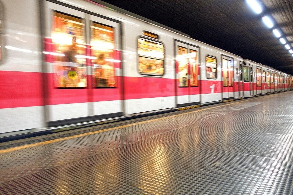 Milan tube