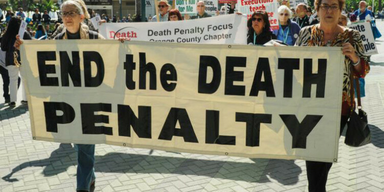 In the picture: Demonstrators march to protest the death penalty during a rally organized by Catholics Against the Death Penalty-Southern California in Anaheim Feb. 25, 2017. Credits: CNS photo/Andrew Cullen.