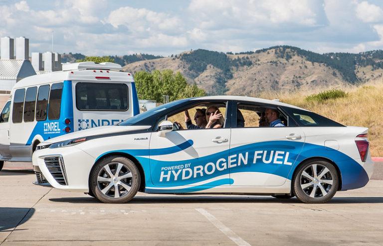 Hydrogen fuelled car