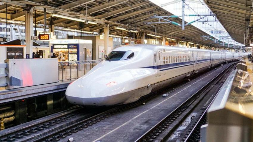 Shinkansen, the Japanese High Speed Rail