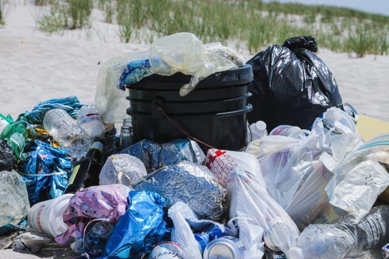 Rubbish in beach