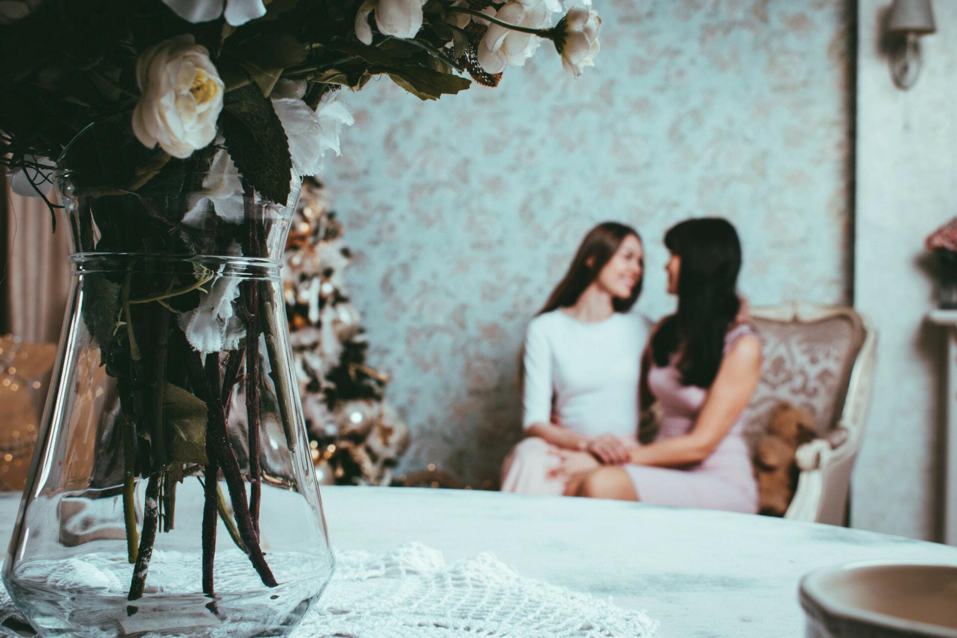 Women at wedding